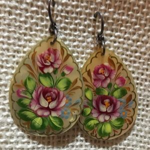Jewelry - Vintage, signed, hand painted abalone earrings